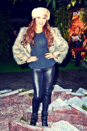 Lizzie Cundy attends Walking with Dinosaurs 3D premiere