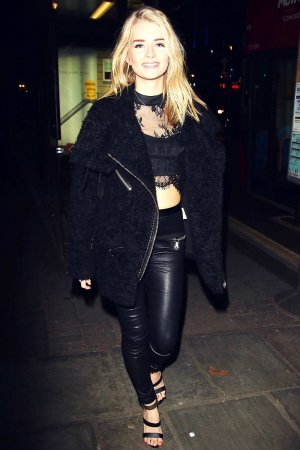 Lottie Moss at Centrepoint Ultimate Pub Quiz