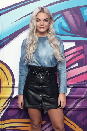 Louisa Johnson visits the Kiss FM studio