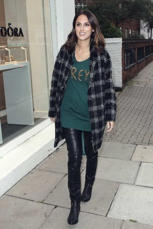 Lucy Watson seen arriving at Pandora Store on King's Road