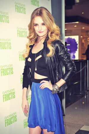 Lydia Hearst Garnier Fructis Blow Out Bar & Style Station Party During Fall 2013