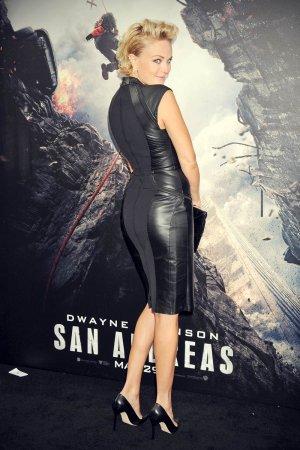 Malin Akerman attends San Andreas premiere