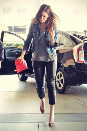 Mandy Moore going to a meeting
