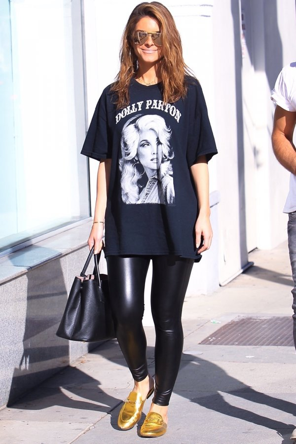 Maria Menounos shopping in Beverly Hills