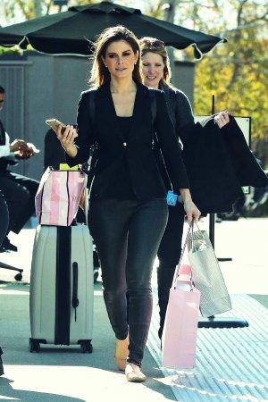 Maria Menounos shopping in LA