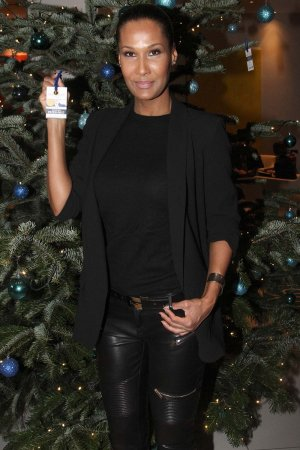 Marie Amiere attends Kinderjahre Charity Weihnachts Aktion