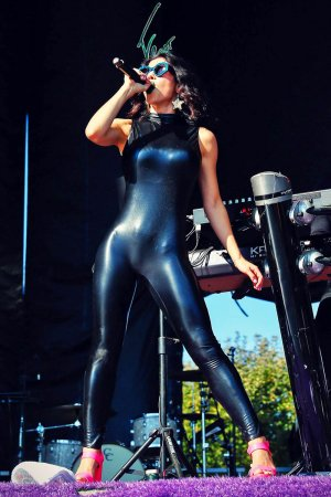 Marina and the Diamonds performs at 2015 Lollapalooza
