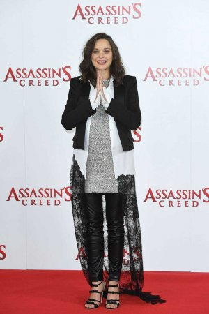 Marion Cotillard attends Assassin Creed Photocall