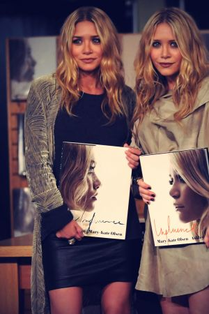 Mary-Kate And Ashley Olsen Instore Book Signing