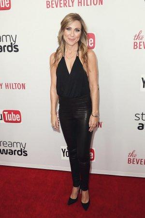 Melissa Schneider arrives at the 2016 Streamy Awards