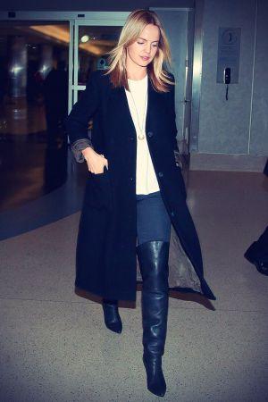 Mena Suvari arriving at LAX Airport