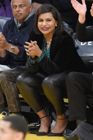 Mindy Kaling attends a basketball game between the Utah Jazz and the LA Lakers