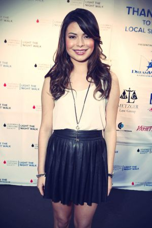 Miranda Cosgrove at Light The Night Hollywood Walk