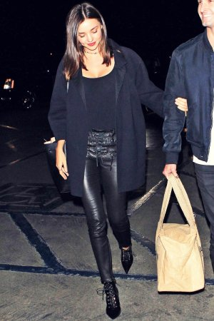 Miranda Kerr arriving at Kanye West Concert
