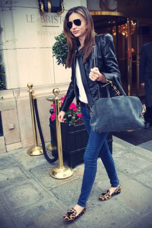 Miranda Kerr leaving her hotel in Paris