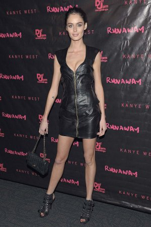 Nicole Trunfio attends the Runaway New York premiere