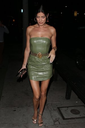 Nicole Williams arrives at The Kassi Club for a festive dinner
