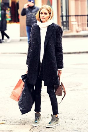 Olivia Palermo taking a stroll in SoHo