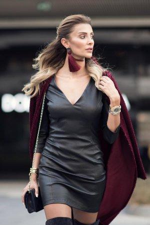 Ozge Ulusoy arrives for Mercedes-Benz Fashion Week