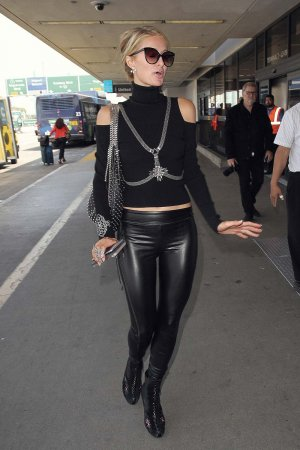 Paris Hilton catching a flight out of LA