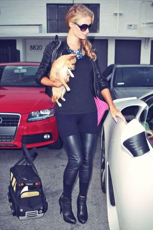 Paris Hilton leaving Meche hair salon