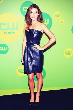 Phoebe Tonkin attends The CW Network 2013 Upfront