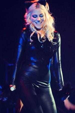 Pixie Lott Performing
