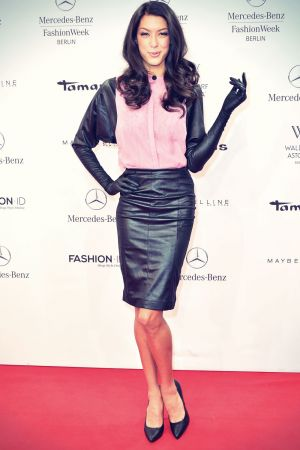 Rebecca Mir attends Mercedes-Benz Fashion Week