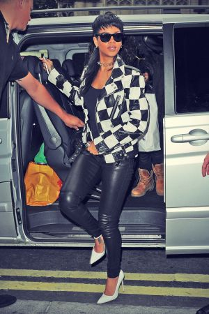 Rihanna arrives at her hotel in London