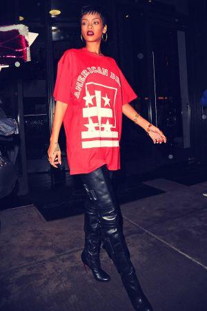 Rihanna go to the recording studio