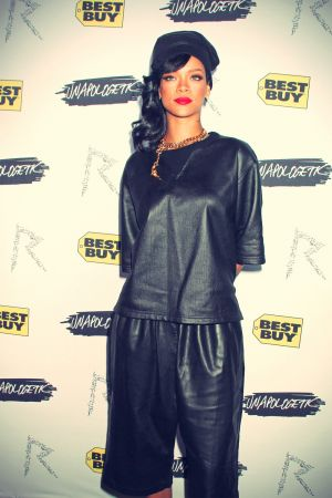 Rihanna Unapologetic album launch