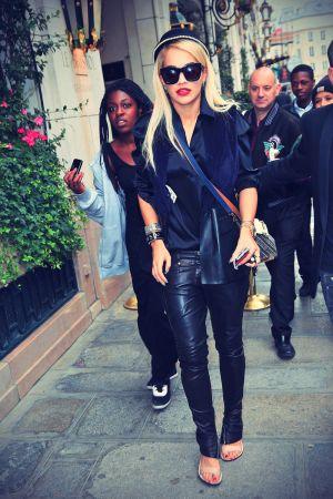 Rita Ora and Cara Delevingne lunch at L'Avenue's restaurant