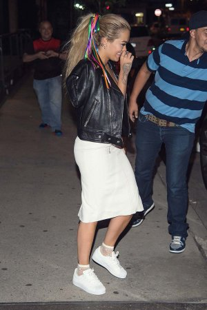 Rita Ora going to the Coldplay concert