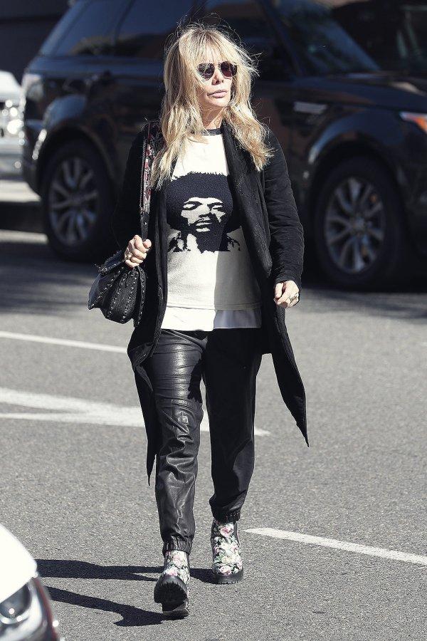 Rosanna Arquette runs a few errands in Beverly Hills