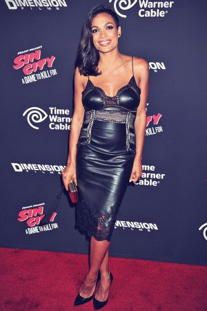 Rosario Dawson attends Sin City A Dame to Kill For Hollywood Premiere