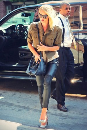 Rosie Huntington-Whiteley arrives at JFK airport