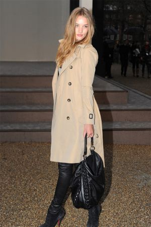 Rosie Huntington-Whiteley at BURBERRY FASHION SHOW