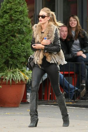 Rosie Huntington-Whiteley Boots Tight Leather Pants