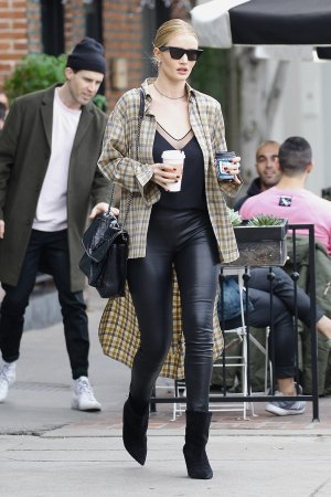 Rosie Huntington Whiteley getting coffee