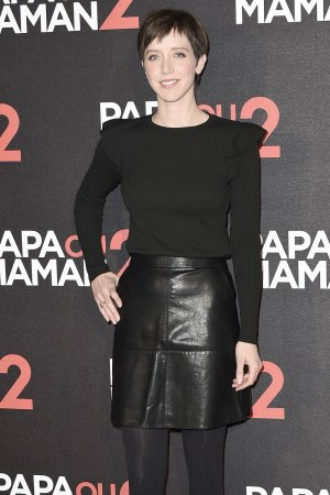 Sara Giraudeau attends the 'Papa ou Maman 2' Paris Premiere