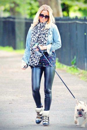 Sarah Harding walking her dog in Primrose Hill