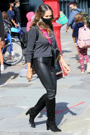 Sarah Jessica Parker at South St. Seaport shoe store