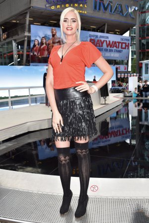 Sarah Knappik attends Baywatch Premiere