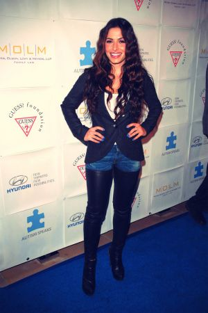 Sarah Shahi at Blue Tie Blue Jean Ball