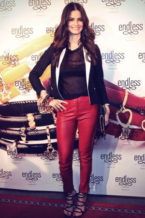 Shermine Shahriva attends Endless Jewelry Dinner