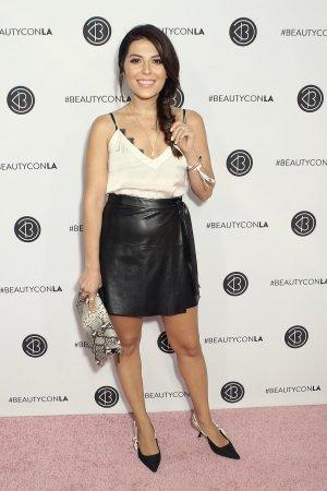 Sona Gasparian attends Beautycon LA