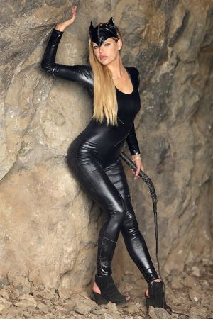 Sophie Monk Catwoman Cosplay Photoshoot