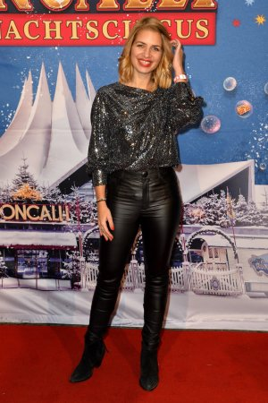 Susan Sideropoulos attends Premiere des Roncalli Weihnachtscircus