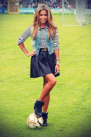 Sylvie van der Vaart at 6 Soccer Kick with love