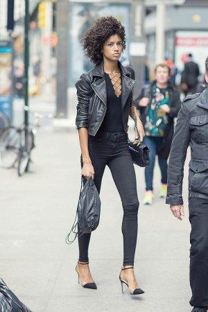 Tarah Rodgers attends the 2016 Victoria's Secret Fashion Show